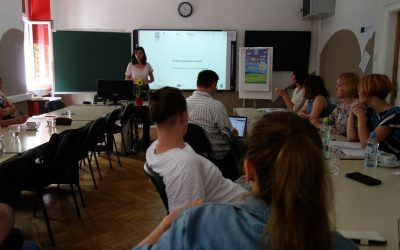 Strokovni dogodek EPUO: Priložnosti krepitve kompetenc mladih na prehodu med šolo in zaposlitvijo